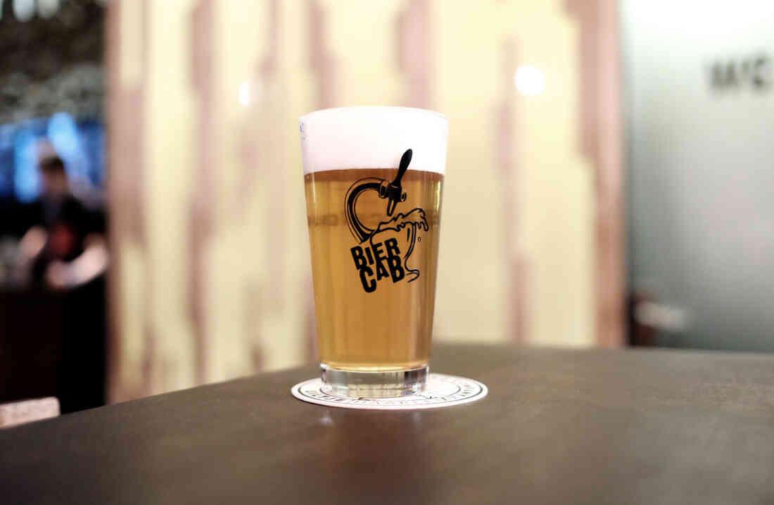 Barcelona Biercab Bier Cab