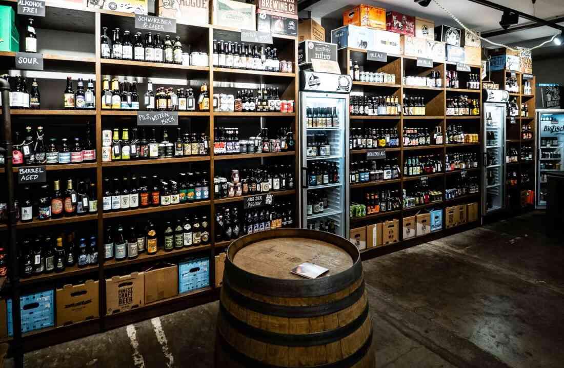 Craft Beer Kontor Hannover, Innenansicht.