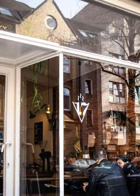 V17 Café Hannover, Außenansicht.