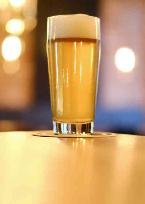 Spillout-city_guide-Bremen-two_beers-02