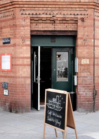 Bar Oorlam Hamburg, Außenansicht
