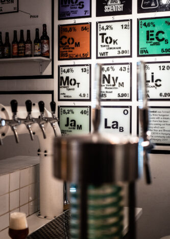Laber (Mad Scientist), Berlin – Bar und Taplist.